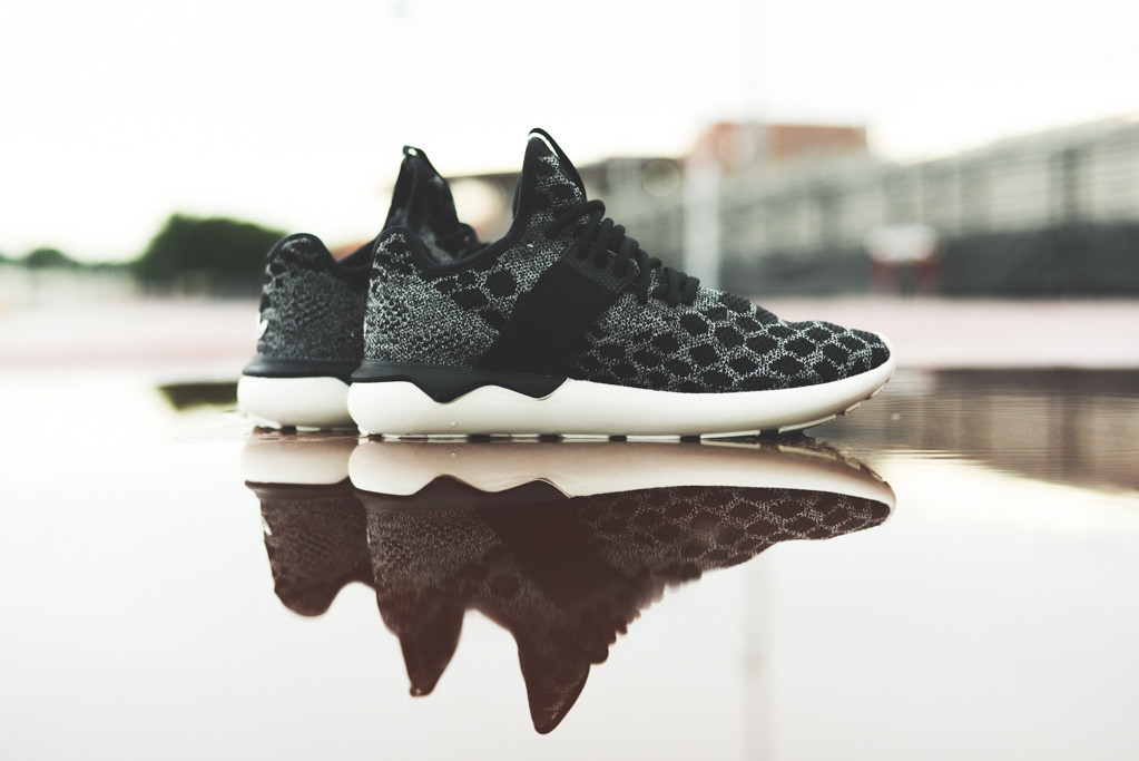 adidas-tubular-primeknit-black-carbon-01